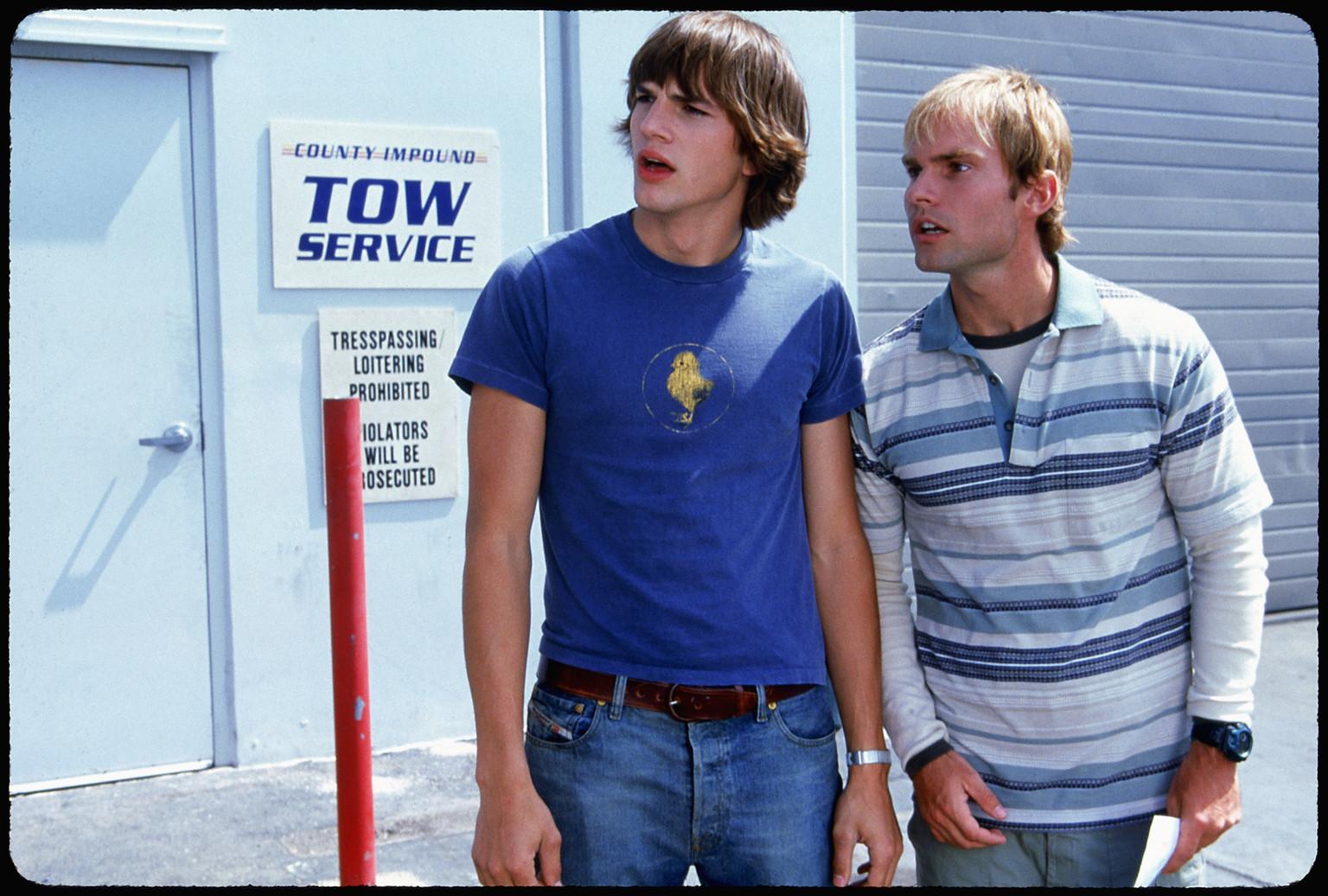 Скриншот из фильма : Где моя тачка, чувак? /  Dude, Where.